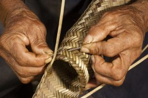 GTA_0031_Weaving-split-cane-Matape